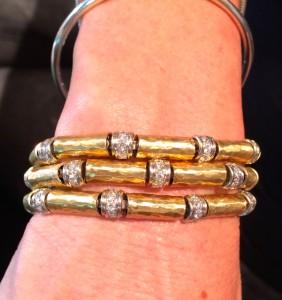 bracelet in 3 strands with diamonds