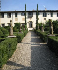 wine tasting at Italian villa